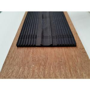 Oplegrubber EPDM wit en zwart - 58 mm breed